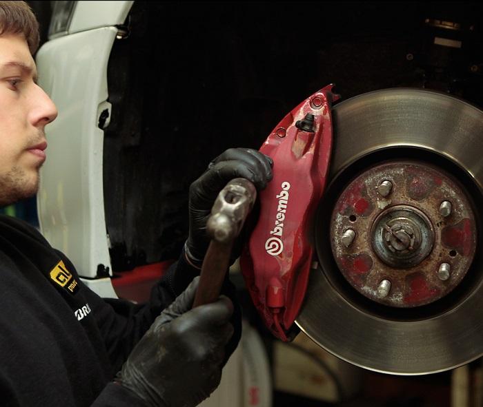Desguaces Blanco, mantenimiento de los discos de freno del coche