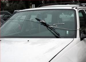 Reparar el limpia parabrisas del coche